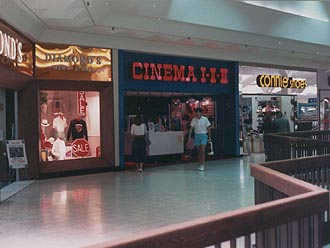 http://moviecollectoroh.com/pics_to_hotlink_on_TCM/randallparkmall-cinema-front1.jpg